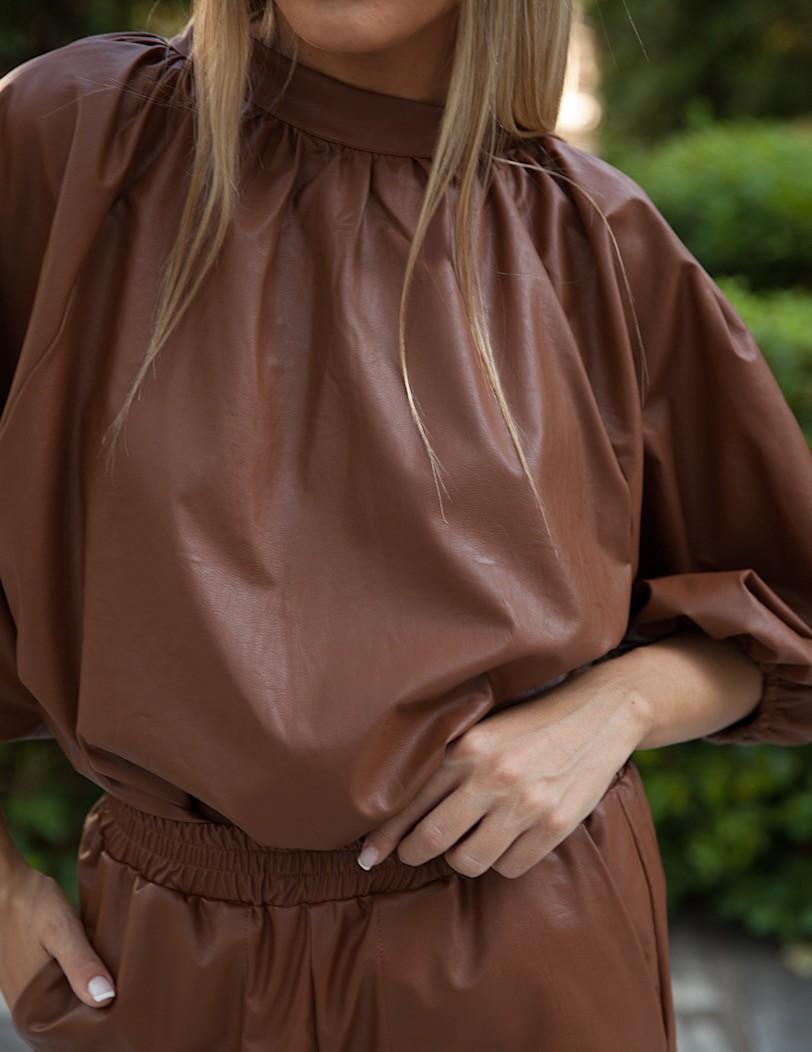 Antonella-camel